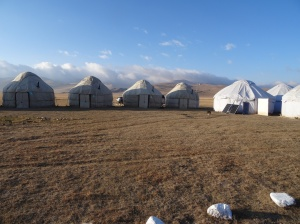 Ak-Sai yurt camp, Son Kul
