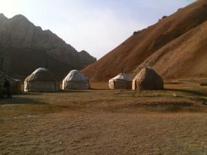 Yuri's yurt camp, Tash Rabat